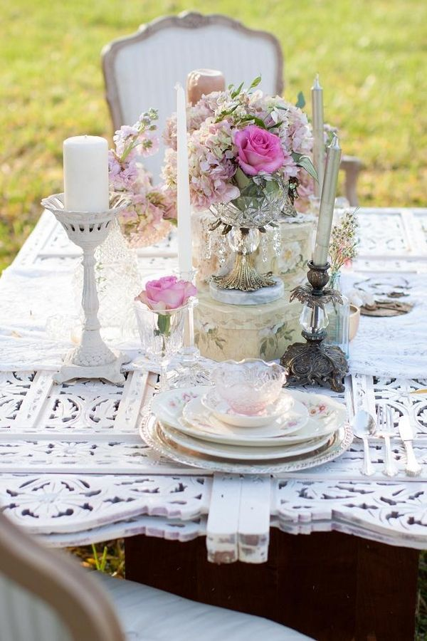 Pink & Shabby Chic Wedding Shoot|Photo by: laurenalbanesephotography.com