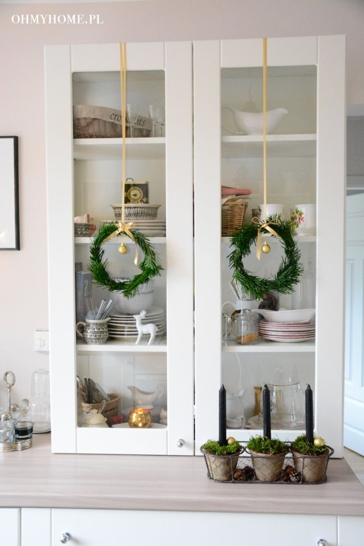 Kitchen on Christmas http://oh-my-home.blogspot.com