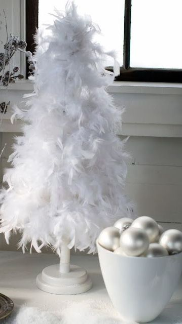 White Christmas Feather Tree