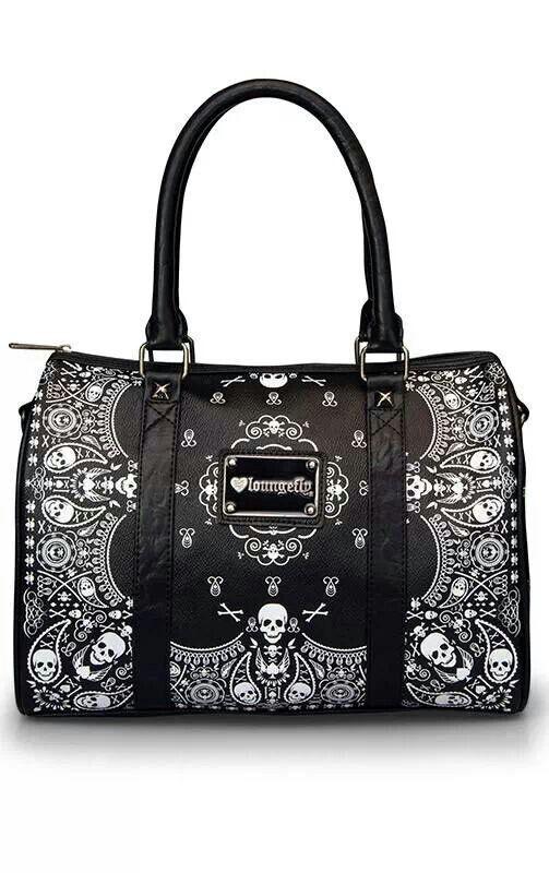 Mä haluan tän laukun!