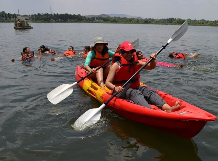 Enjoy various water sports near Bangalore like rappelling, swimming and kayaking in the challenging Kunti Betta Trek experience with eye-glancing view of serene nature.