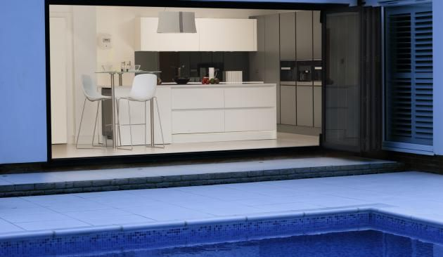 Pedini Integra kitchen in stunning South Woodford home extension
