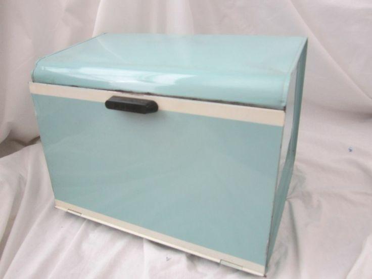 VINTAGE WEST BEND VESPA BLUE TURQUOISE TIN METAL BREAD BOX W SHELF 15 X 12 X 11