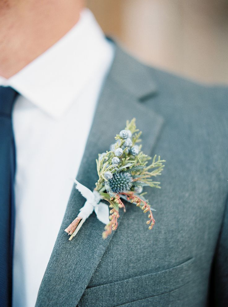 Winter boutonniere: http://www.stylemepretty.com/2016/03/29/the-prettiest-wedding-details-for-every-season/