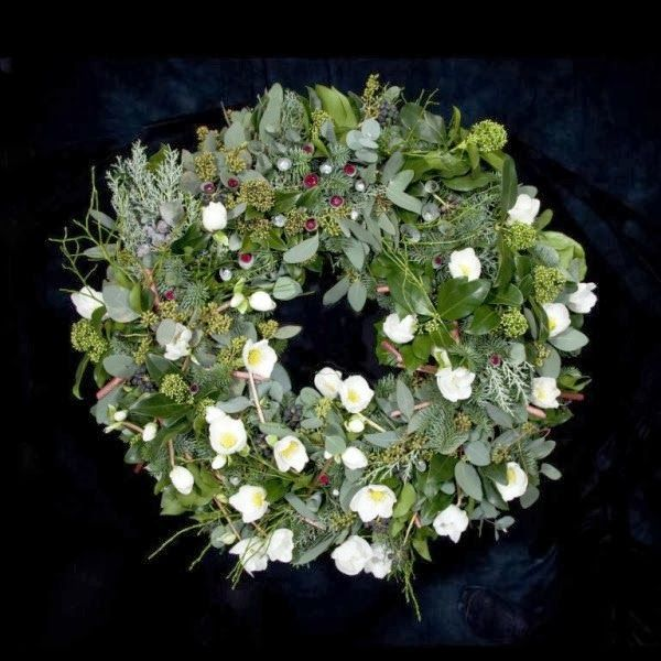 'World's most expensive' Christmas wreath unveiled ~ Luxury Ideas