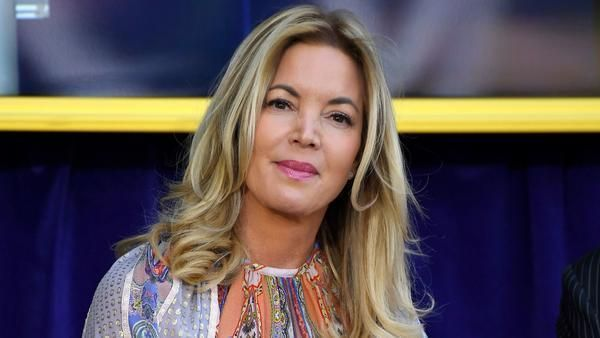 The Lakers are now officially Jeanie Buss' team, so what will she do first?