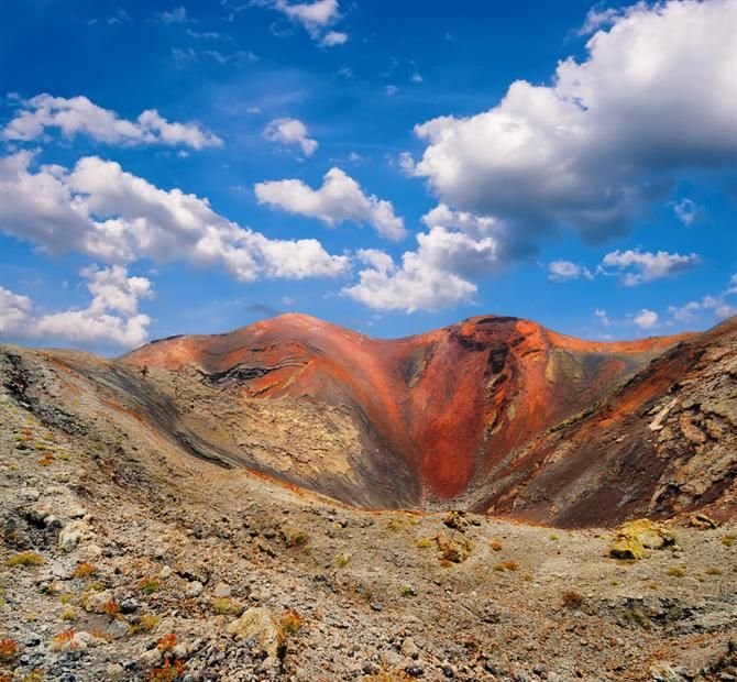Timanfaya VOLCANIC NATIONAL PARK, LANZAROTE, CANARY ISLANDS SPAIN  photo from http://www.spain-holiday.com