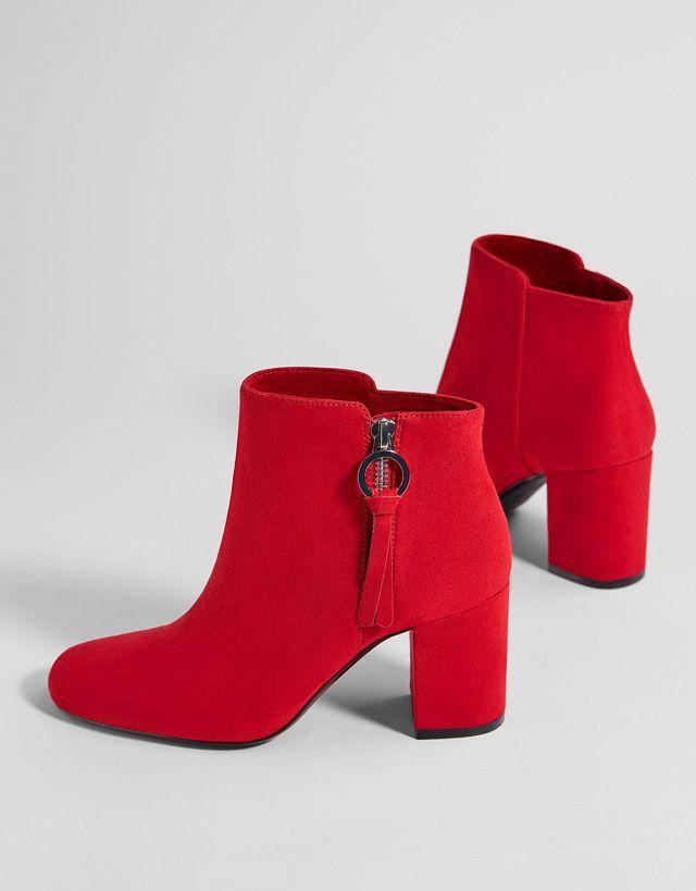 Épinglé par Ahlem Mansouria sur Shoes   Chaussures
