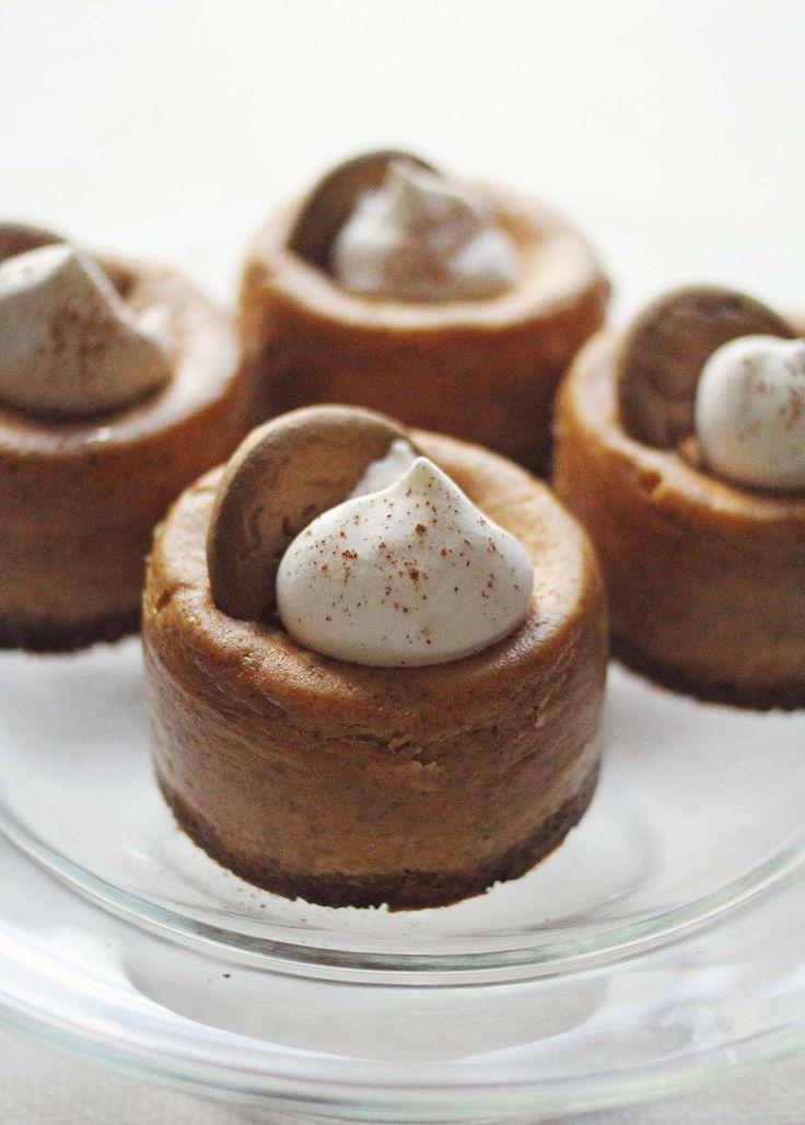 Mini Pumpkin Cheesecakes w/ Gingersnap Crust
