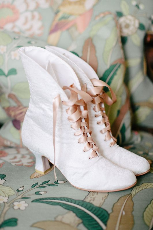 Bridal boots #wedding