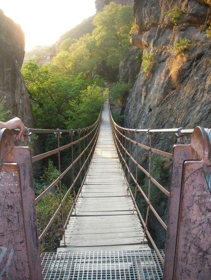 Puente de Los Cahorros. Monachil, España.