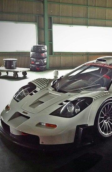 Mc Laren F1 GT | Drive a Mclaren @ http://www.globalracingschools.com