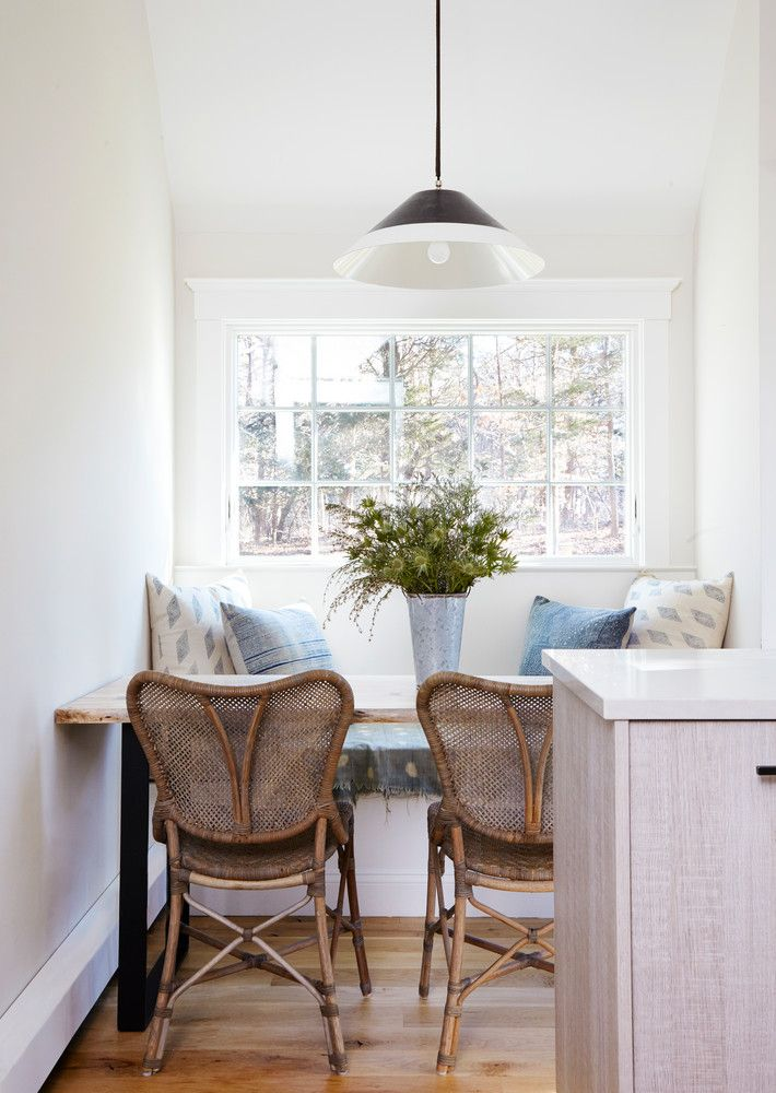 This Tranquil Home Just Mastered Decorating With