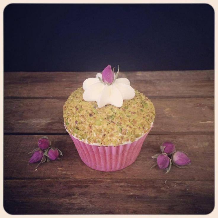 Pistachio&Rose Cupcake.