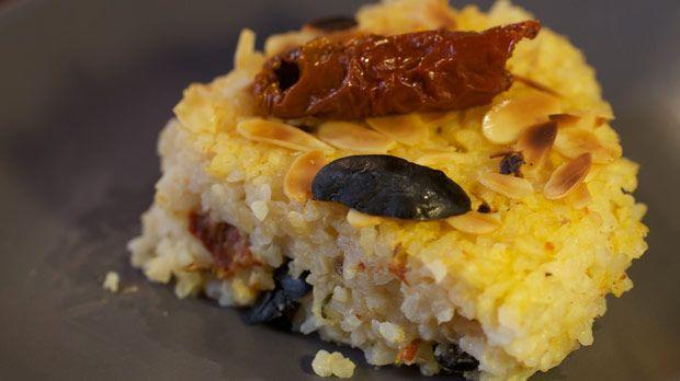 Torta di riso e pomodorini  http://ilmangiarbene.it/2013/11/torta-di-riso-e-pomodorini/