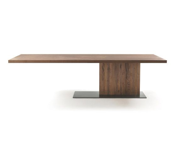 Dining tables | Tables | Liam | Riva 1920 | CR