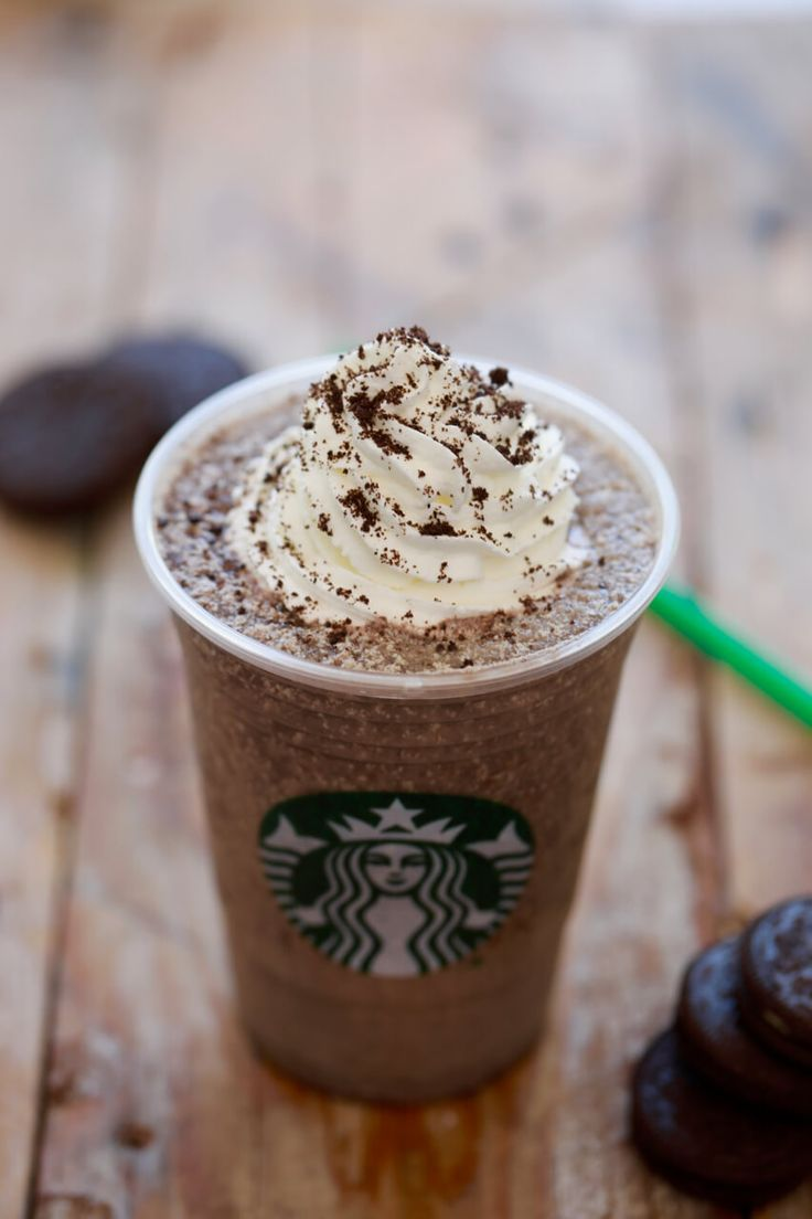 Starbucks Oreo Frappuccino- Want to save your money and your waistline? make homemade Starbucks Frappucinos!!!