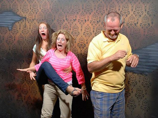 Haunted house takes pictures when people get scared, too funny!