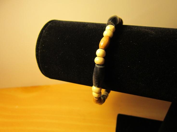 Southwestern style bracelet. $7.00, via Etsy.