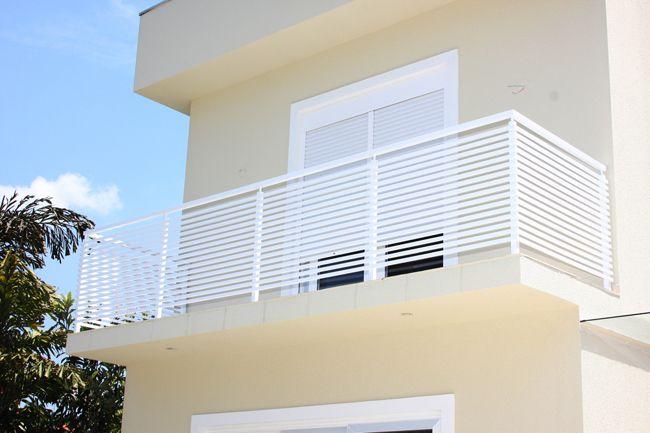 Confira aqui 10 modelos de guarda-corpo para o seu projeto de escadas e varandas. CLIQUE E CONFIRA ideias, tipos e preços de guarda-corpos
