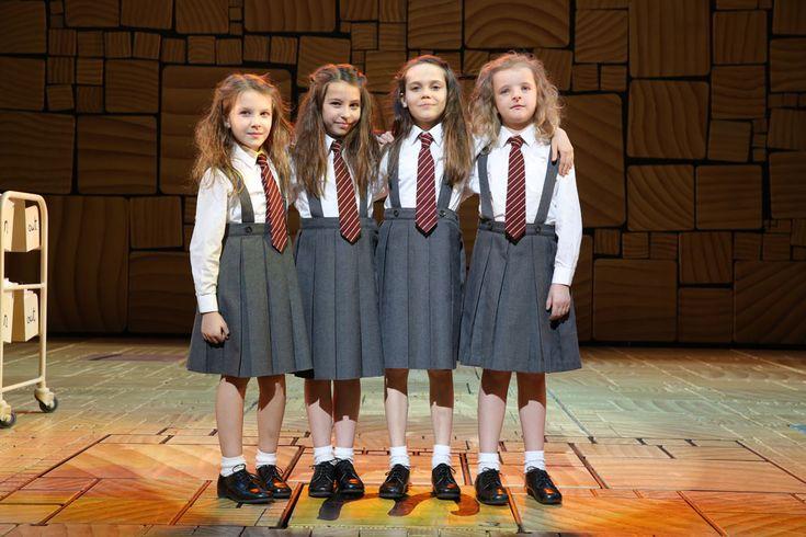 Sophia Gennusa, Bailey Ryon, Oona Laurence, & Milly Shapiro. The four Matildas
