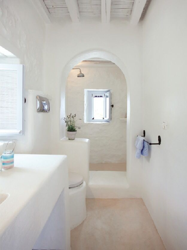 Simple clean lines low maintenance bathroom 437