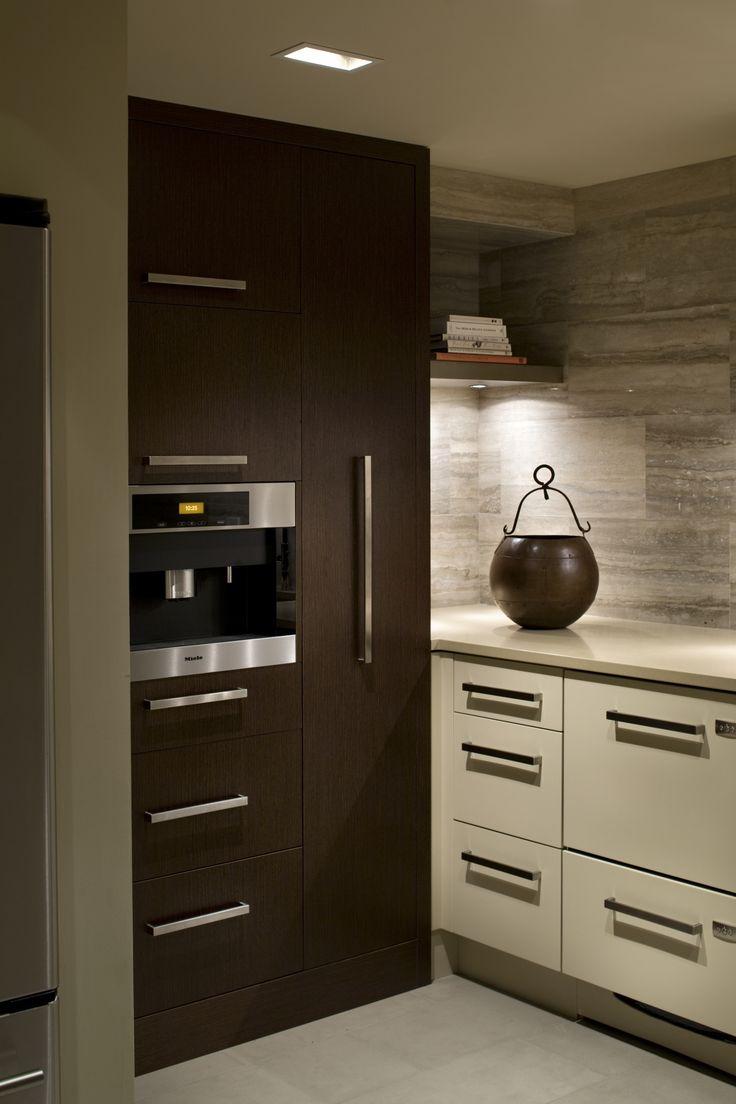 Mueble De Cocina De La Corona De Moldeo Esquina Interior - Patricia gray interior design kitchen pantry very asian inspired very modern cocina grismueble