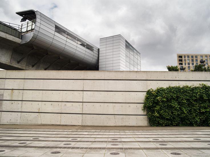 #architecture #london #city #wall