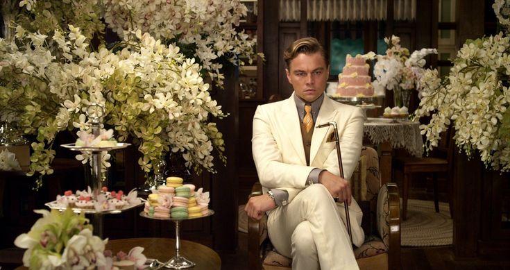Se il misterioso miliardario Jay #Gatsby avesse vissuto sulla costa settentrionale di #LongIsland durante il XXI secolo, come si sarebbe #vestito? #movie #flowersscene