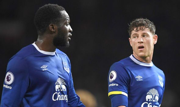 Romelu Lukaku responds to Chelsea rumours and sends message to Everton fans - http://buzznews.co.uk/romelu-lukaku-responds-to-chelsea-rumours-and-sends-message-to-everton-fans -