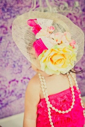 Tea party hats for little girls, adorable for photo shoots, themed birthday parties, or dress up.  =)