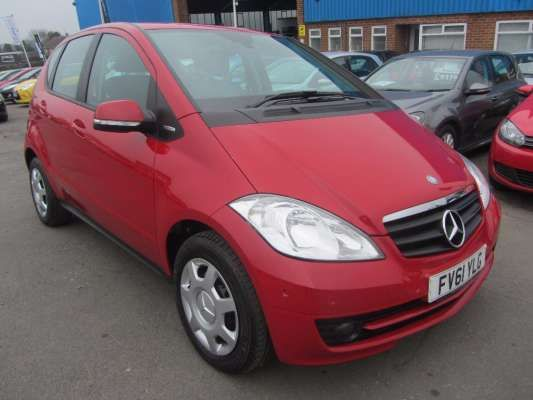 Used 2011 (61 reg) Red Mercedes-Benz A Class A160 BlueEFFICIENCY Classic SE 5dr for sale on RAC Cars
