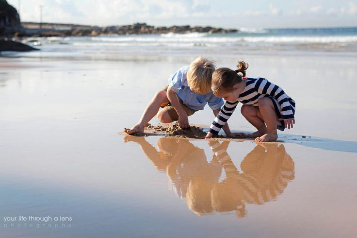 a cool autumn morning | freshwater beach family photographer, family of four, Sydney