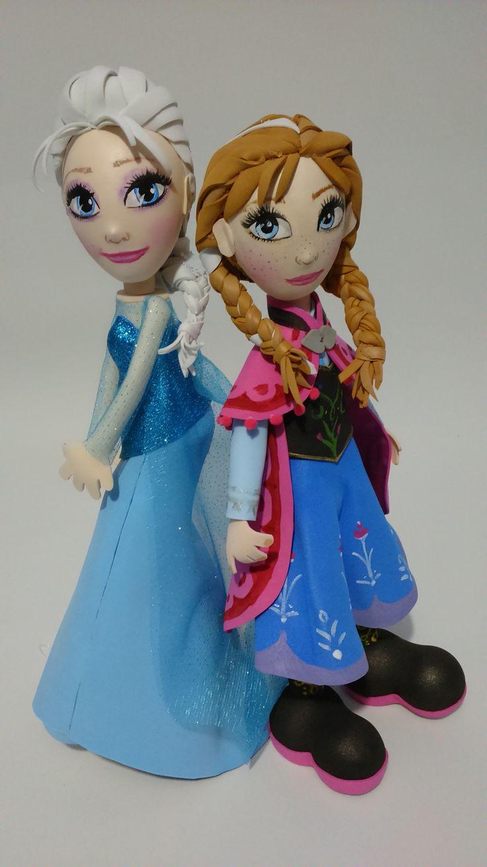 Fofuchas Elsa y Anna de Frozen Sin duda uno de los temas favoritos es FROZEN la mágica historia de Disney tuve que poner manos a la obra y trabajar en unos lindos centros de mesa espero te haya gustado estos DISEÑOS!!!