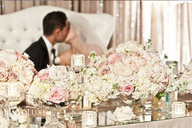 love the mirror: Wedding Sweetheart Tables, Gorgeous Flowers, Flowers Centerpieces, Centerpieces Decor, Pretty Centerpieces, Flowers Arrangements, Tables Ideas, Head Tables, Pink Sweetheart Tables