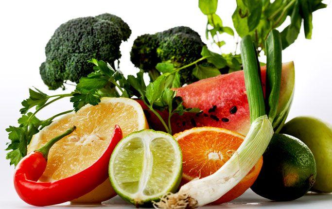 Genom att äta rätt så kan man få ut mer av motion och träning. Dels så ger en bra diet mer energi och dels så kan man påverka sin fettförbränning och viktnedgång genom att äta sådant som stimulerar matsmältning och som gör att man inte längre har samma sug att småäta. Något som är riktigt …