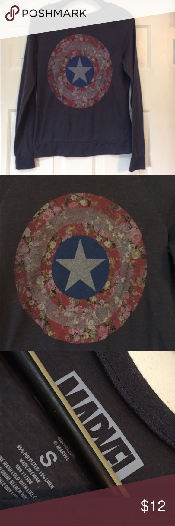 Women's floral marvel Soft t shirt small GUC Smoke and pet free home. Bundle discount 20% Marvel Tops Tees - Long Sleeve