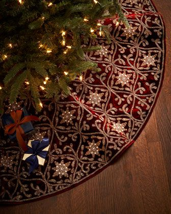 pretty burgundy and gold Christmas tree skirt http://rstyle.me/n/ssgtrr9te