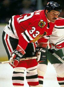 Michel Goulet atuou pelo Chicago Blackhawks entre 1990 á 1994.