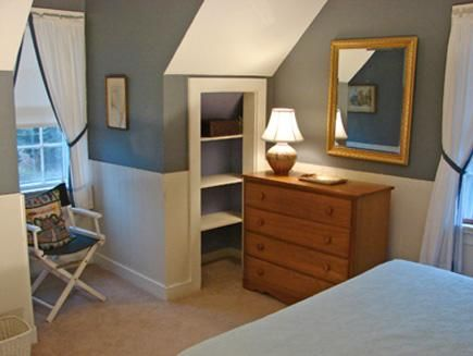 1000 ideas about upstairs bedroom on pinterest decorate for Cape cod upstairs bedroom ideas