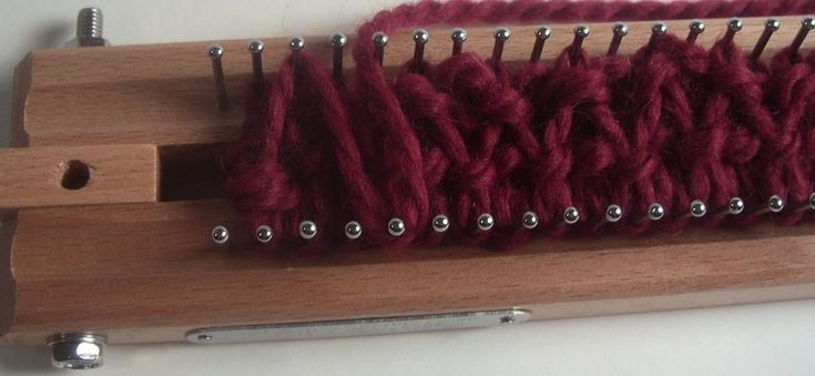 Loom Knitting Increase Stitches : Rib Stitch when increasing we shift our starting position?   Knitting Board B...