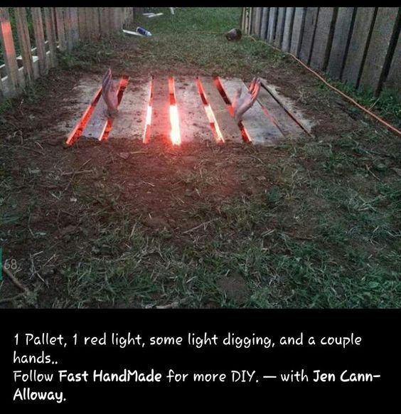 Pallet Halloween yard decoration | 21 Easy DIY Outdoor Halloween Decorating Ideas that will spook your soul!