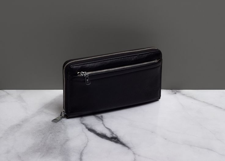 ‪Style Details | Supplement the image with elegant accessories‬ ‪Leather wallet with zipper - 1 599 ₽‬ ‪#MFILIVE #accessories #AW17‬