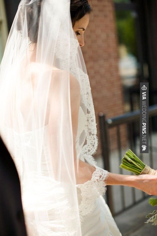 Like this! - Lovely | CHECK OUT MORE IDEAS AT WEDDINGPINS.NET | #weddings #veils #weddingveils #weddingfashion #weddingplanning #coolideas #events #forweddings #weddingheadwear #romance #beauty #planners #weddinghats #headwear #eventplanners #weddingdress #weddingcake #brides #grooms #weddinginvitations