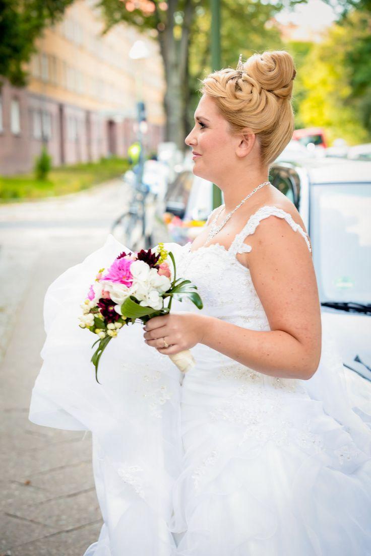 up do blond hair krone geflochten bridal style
