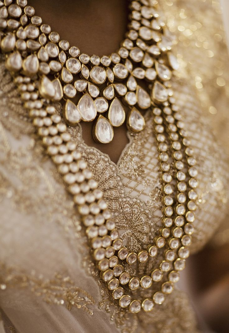 Wedding - Jadau Jewellery Designed by Groom - Kresha Bajaj and Vanraj Zaveri Wedding