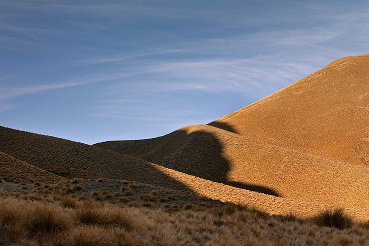 Stills Photo Tours, David Still - New Zealand, Shadows creeping up the hills in Lindas Pass