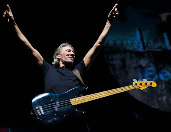 Roger Waters performed 'The Wall' at Bankers Life Fieldhouse. Photo by Lora Olive.