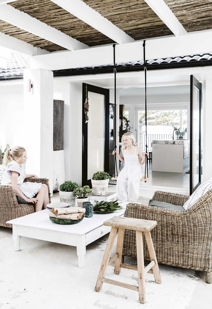 all white mediterranean style holiday home in sydney outdoor rh pinterest com