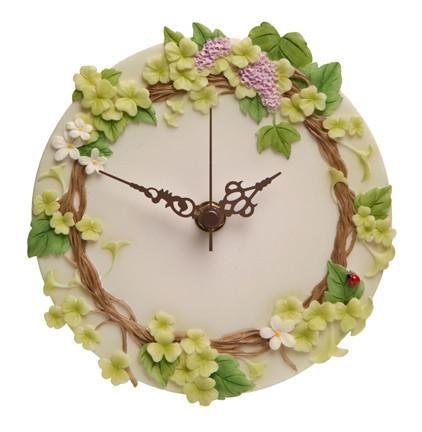Wall Clock-Ladybug Vine #homedecor #homemade #homeoffice #homedecor #homemade #homeoffice #gifts #spring #springcleaning
